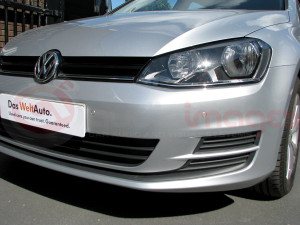 Volkswagen-Golf-Estate-Parking-Sensors-with-Visual-Display-5