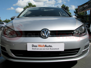 Volkswagen-Golf-Estate-Parking-Sensors-with-Visual-Display-6