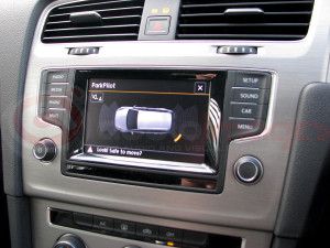 Volkswagen-Golf-Estate-Parking-Sensors-with-Visual-Display-7