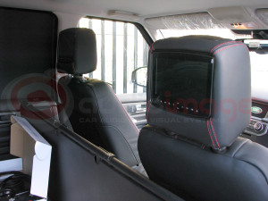 Landrover-Discovery-4-Rosen-Headrest-Monitors-2